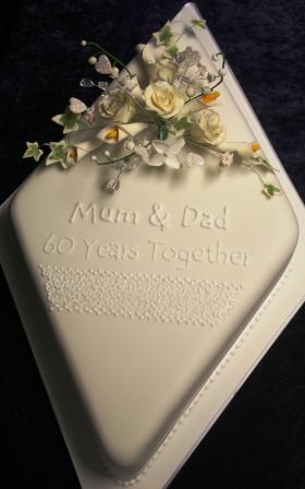 20130214 Diamond Wedding Anniversary CakeJPG