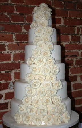 Melanie Ferris Cakes News » 6-tier Ivory Rose Cascade Wedding Cake