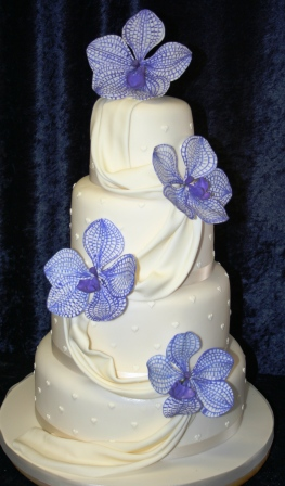 20130428-Wedding Cake with Sugar Drape and Vanda Orchids.JPG