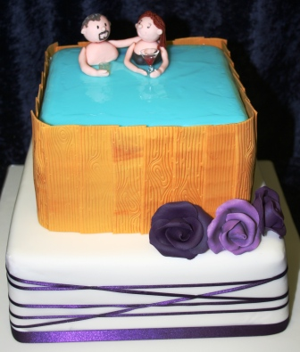 20140919-jacuzzi_wedding_cake.jpg