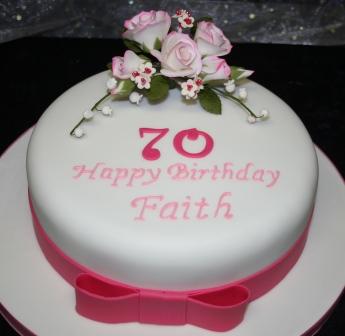 20150210-pink_roses_birthday_cake.jpg