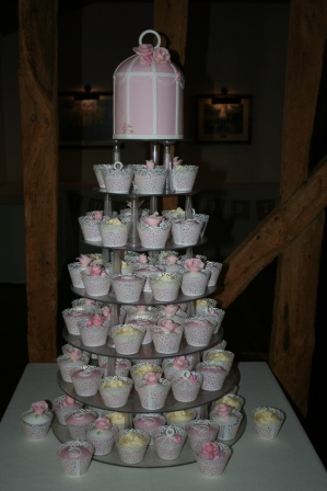 20160211-birdcage_cupcake_tower_wedding_cake.jpg